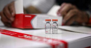 Aplicarán vacuna contra COVID-19 a población de 18 a 29 años de Chapala.